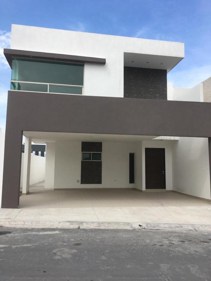 Foto Casa en Venta en  Santoral,  García  Col. Cumbres   Santoral  1er   Sector