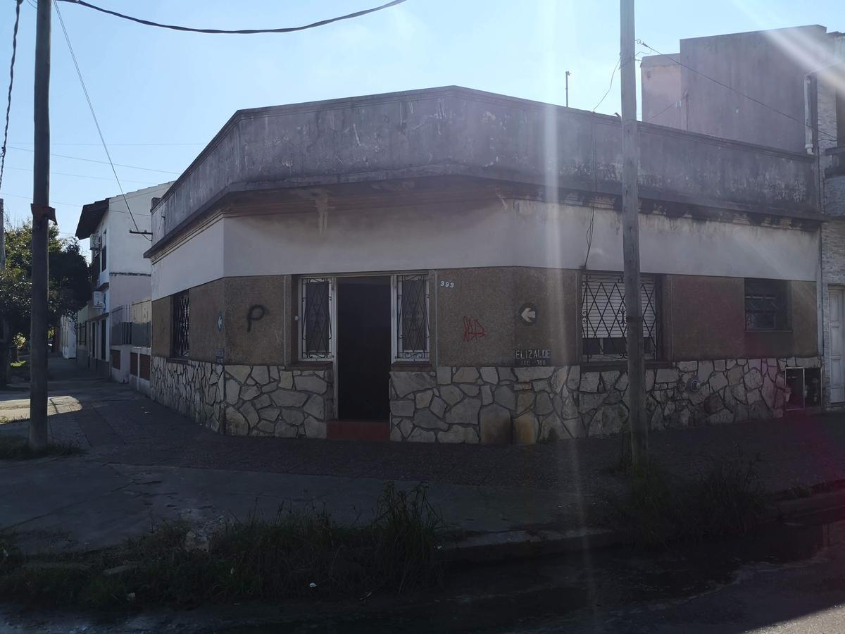Foto Casa en Alquiler en  Gerli,  Lanus  Elizalde al 399