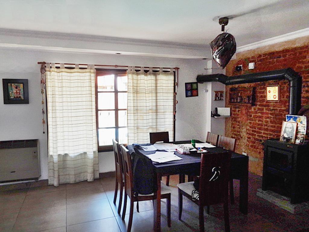 Foto Casa en Venta en  Villa Adelina,  Vicente López  Posadas, Gervasio al 3900