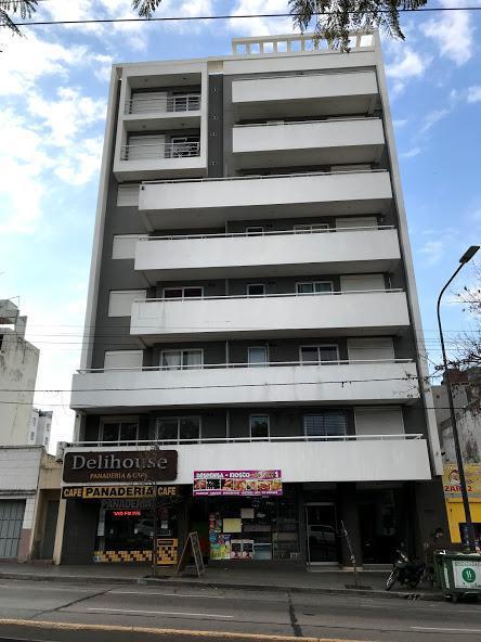 Foto Departamento en Alquiler en  Alberdi,  Cordoba  3 Dormitorios - Edificio c/ Pileta y Quincho - B° Alberdi