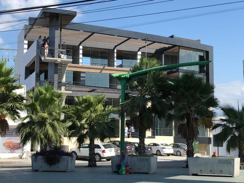 Foto Local en Venta en  Mitras Centro,  Monterrey  Mitras Centro