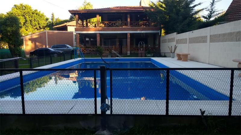 Foto Casa en Venta en  Barrio Parque Leloir,  Ituzaingo  De los Payadores al 2300