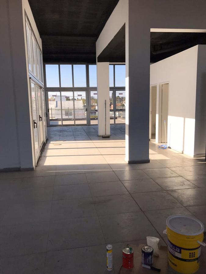 Foto Oficina en Alquiler en  Cordoba Capital ,  Cordoba  Menendez Pidal