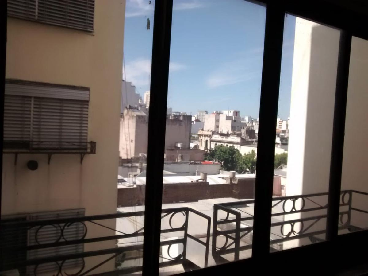 Foto Departamento en Venta en  Capital Federal ,  Capital Federal  Avenida Independencia al 1500