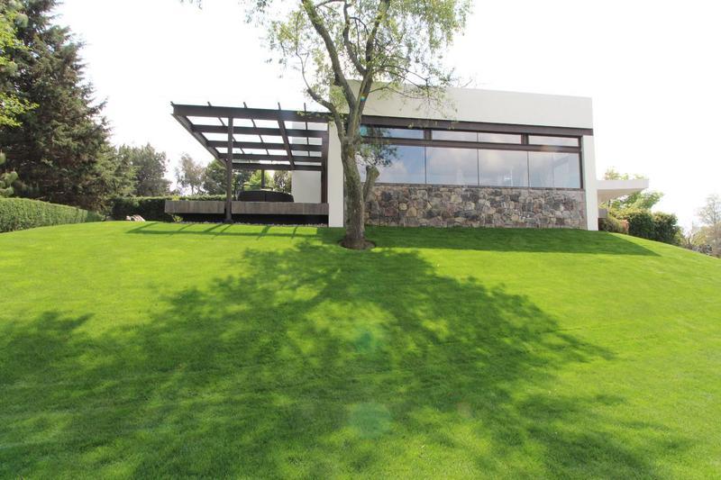 Foto Casa en Venta en  Club de Golf los Encinos,  Lerma   Fraccionamiento Club de Golf los Encinos, Lerma, Mex.,  Terreno-Casa en venta