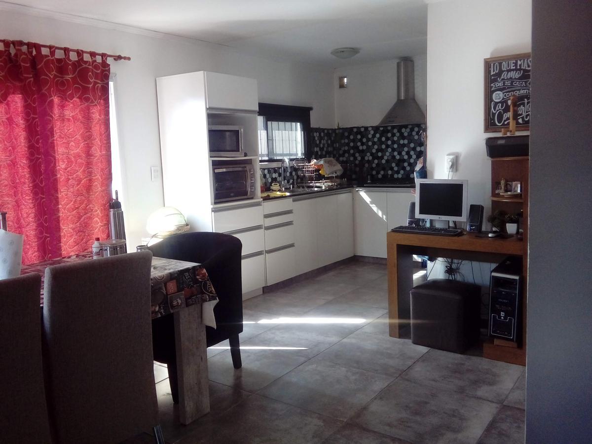 Foto Casa en Venta en  Los Prados,  La Calera  Silvina Ocampo