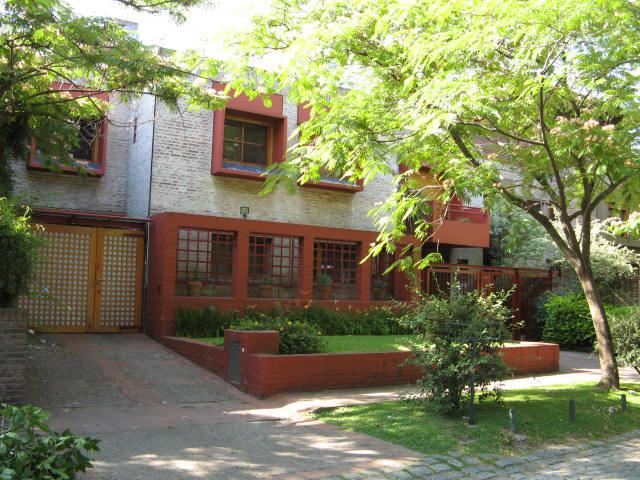 Foto Casa en Alquiler temporario en  Las Lomas-Jockey,  Las Lomas de San Isidro  Terrero