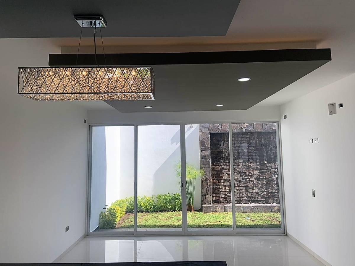 Foto Casa en Venta en  Fraccionamiento Valle del Campestre,  Aguascalientes  Casa en Venta en Valle del Campestre