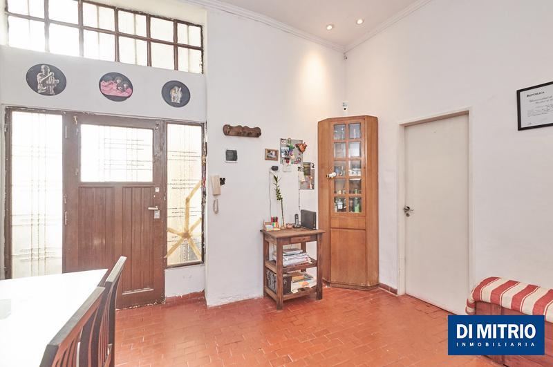 Foto Departamento en Venta en  Almagro ,  Capital Federal  Castro Barros y Quito