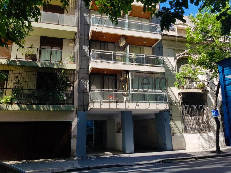 Foto Departamento en Venta en  Recoleta ,  Capital Federal  Pacheco de Melo 2143 D