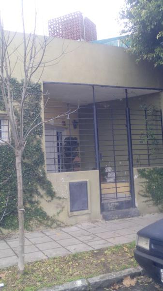 Foto Casa en Venta en  Temperley Oeste,  Temperley  España 882