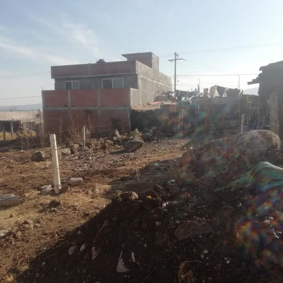 Foto Terreno en Venta |  en  La Quemada,  Morelia  la quemada