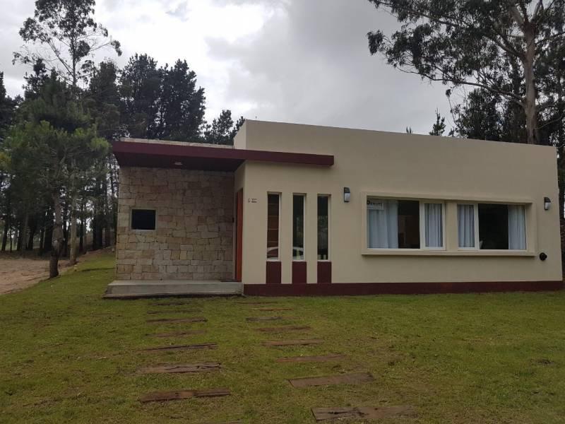 Foto Casa en Alquiler temporario en  Costa Esmeralda,  Punta Medanos  Senderos III al 300
