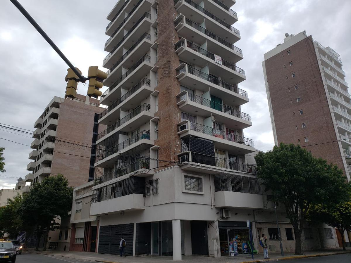 Foto Departamento en Venta en  Luis Agote,  Rosario  SAN LUIS al 3500