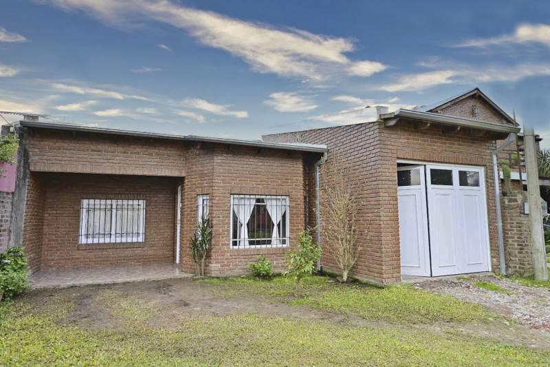 Foto Casa en Venta en  Pueblo General Belgrano,  Gualeguaychu  ZONA MUNICIPALIDAD 1