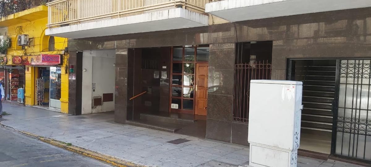 Foto Departamento en Alquiler en  Recoleta ,  Capital Federal  Marcelo T. de Alvear al 2400