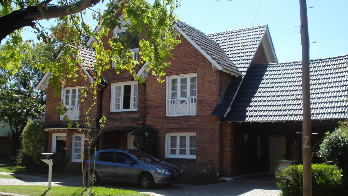 Foto Casa en Alquiler en  Camino Real,  Countries/B.Cerrado (San Isidro)  Camino Real 9-25