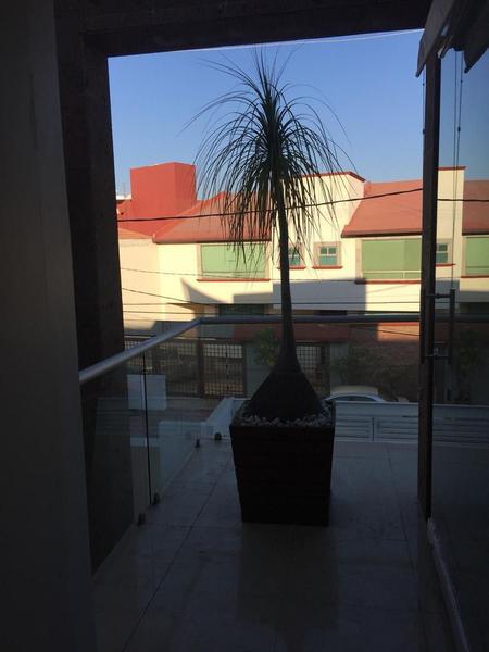 Foto Casa en Venta en  Jardines Bellavista,  Tlalnepantla de Baz  CASA EN VENTA EN JARDINES DE BELLAVISTA