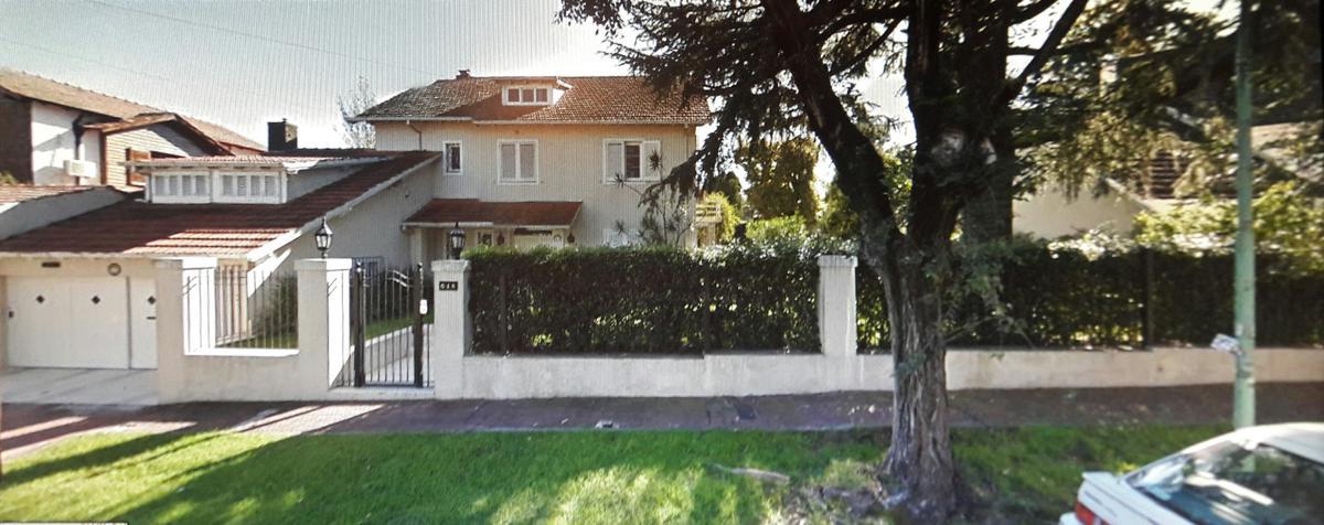 Foto Casa en Venta en  Mart.-Vias/Santa Fe,  Martinez  Pasteur al 600