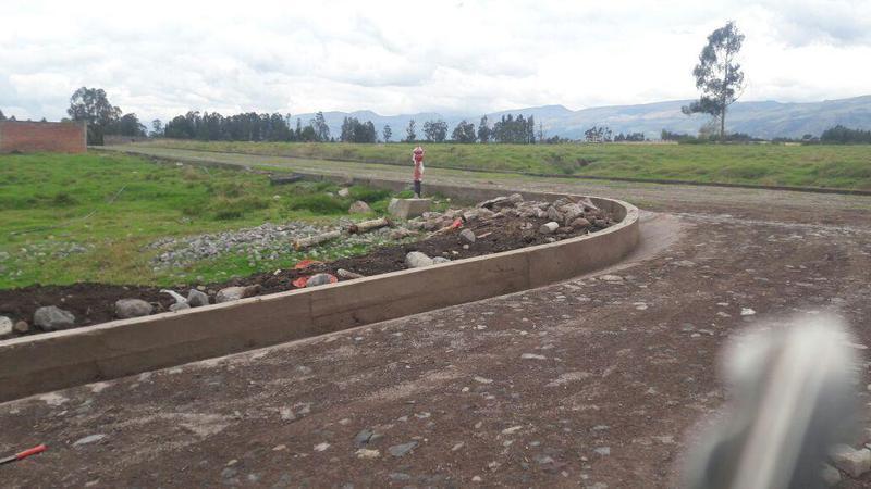 Foto Terreno en Venta en  Los Chillos,  Quito  Playa Chica Valle de los Chillos