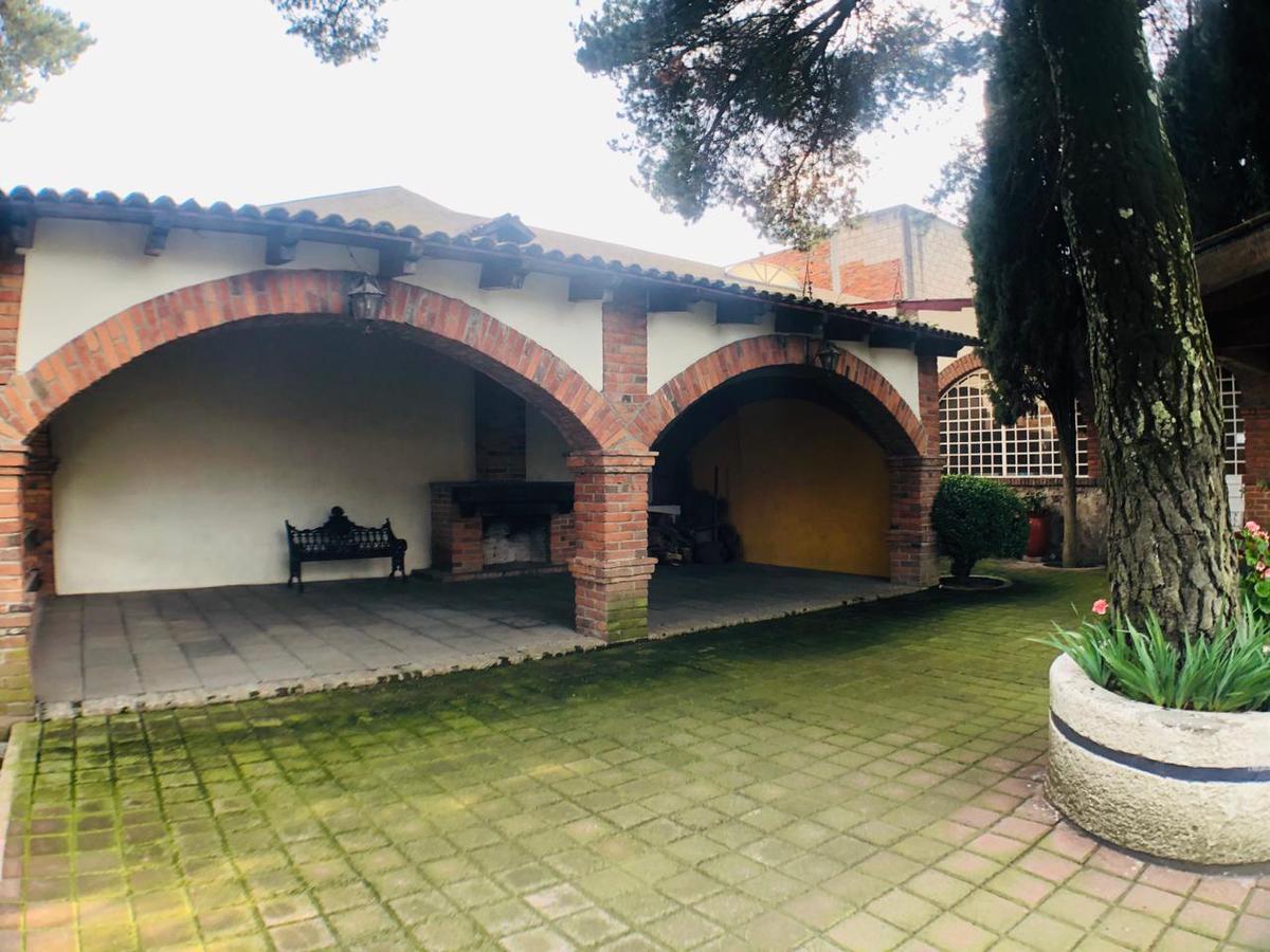 Foto Casa en condominio en Venta en  Magdalena,  Metepec  Avenida Hidalgo, Casa de Campo