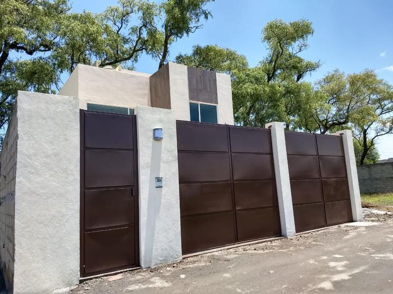 Foto Casa en Venta en  San Gaspar Tlahuelilpan,  Metepec  CASA SOLA EN VENTA EN SAN GASPAR, METEPEC