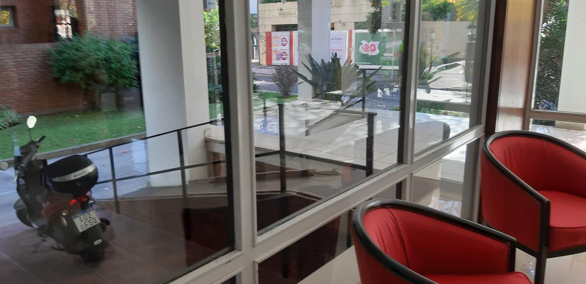 Foto Departamento en Venta en  Mart.-Vias/Santa Fe,  Martinez  Sarmiento al 200
