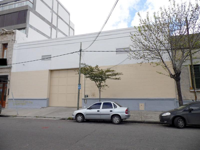 Foto Galpon en Alquiler | Venta en  Boca ,  Capital Federal  Irala al 300