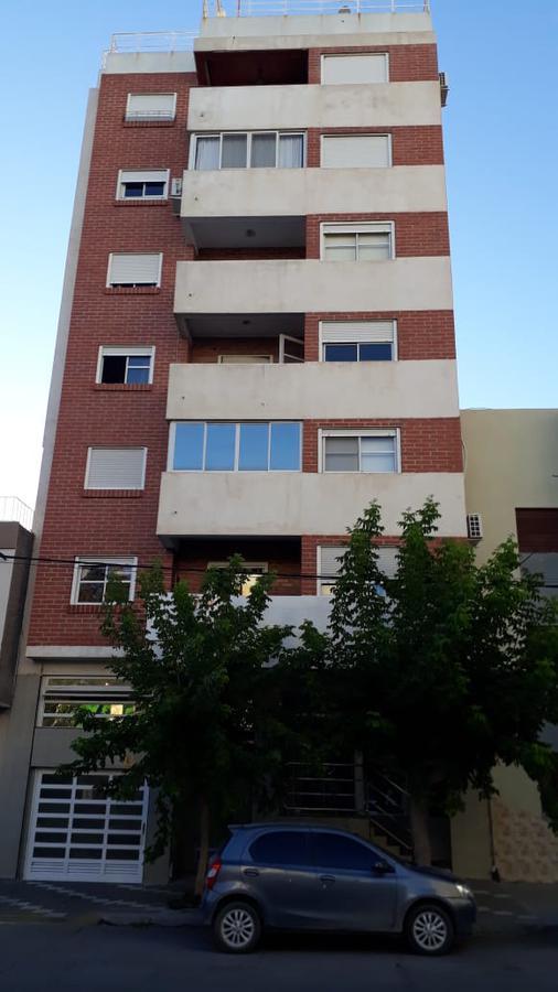 Foto Departamento en Alquiler en  Neuquen,  Confluencia  Mendoza 12
