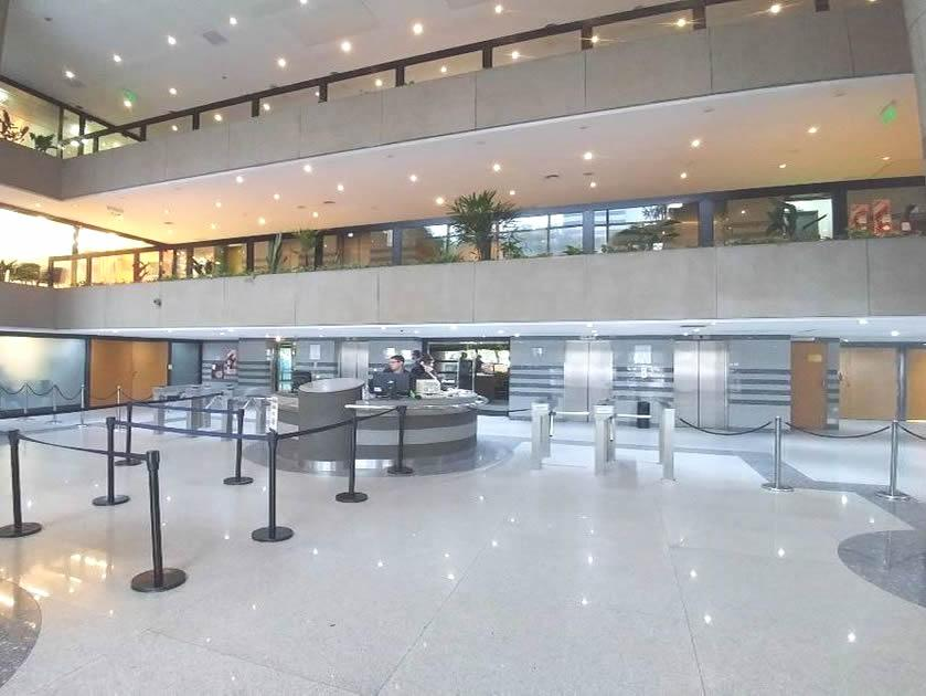Foto Oficina en Alquiler en  Monserrat,  Centro (Capital Federal)  Lima al 300