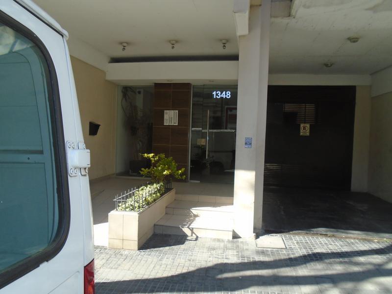 Foto Departamento en Alquiler en  Monserrat,  Centro  Chile  al 1300