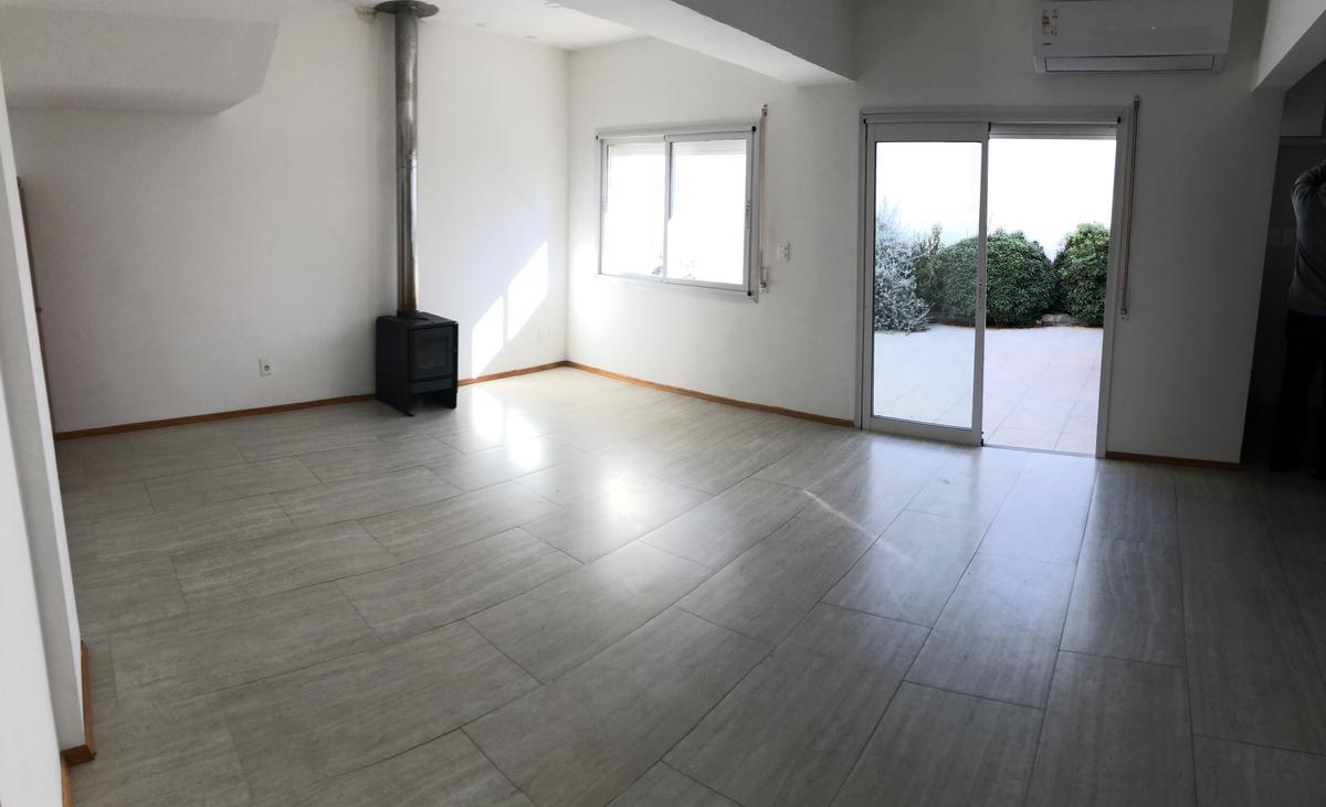 Foto Casa en Venta en  Prado ,  Montevideo  Gral Batlle y Juan Carlos Blanco - 4 dorm - patio con parrillero y gge