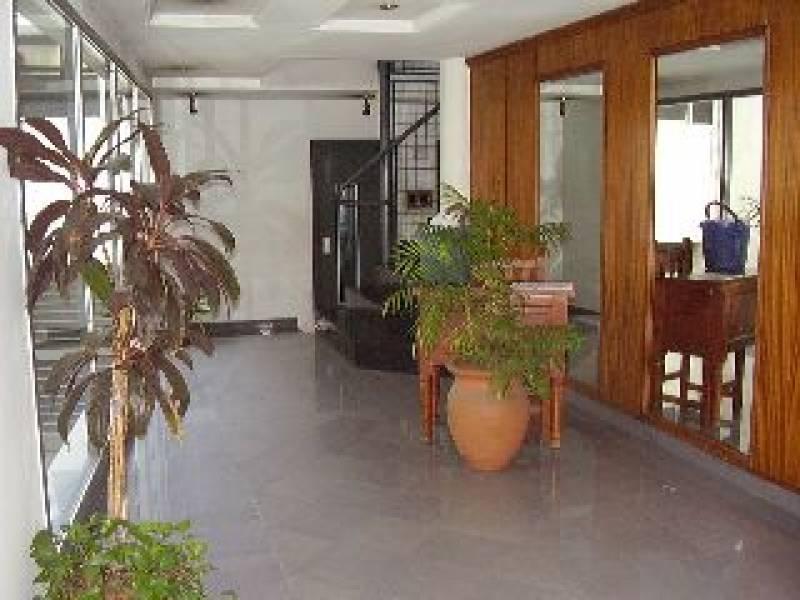 Foto Departamento en Alquiler    en  San Isidro,  San Isidro  Martin y Omar al 100