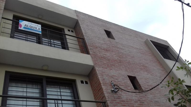 Foto Departamento en Alquiler | Venta en  Alto Alberdi,  Cordoba  CASEROS al 3100