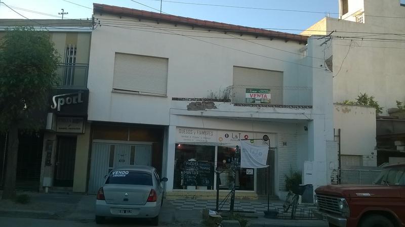 Foto Departamento en Venta en  Villa Regina,  General Roca  DEPARTAMENTO Y SALON COMERCIAL