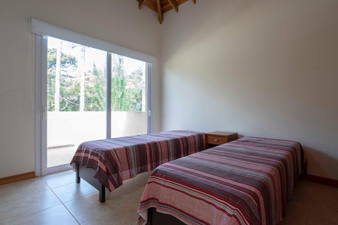 Foto Casa en Alquiler temporario en  Norte Playa,  Pinamar  Fragata La Victoria 3552