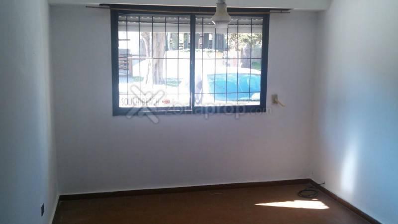 Foto Departamento en Venta en  San Bernardo Del Tuyu ,  Costa Atlantica  Diagonal Estrada  300 100