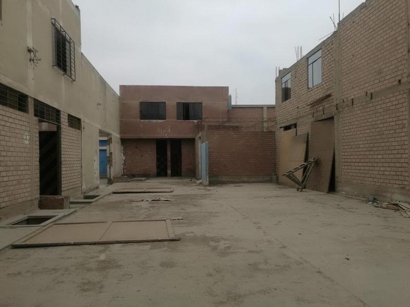 Foto Almacén en Alquiler en  Puente Piedra,  Lima  Calle 2 Mz E,  Lote 4