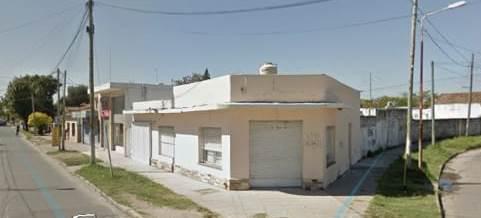 Foto Local en Alquiler en  Jose Clemente Paz ,  G.B.A. Zona Norte  Granaderos a Caballo 1889