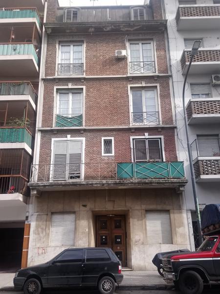 Foto Departamento en Venta en  Monserrat,  Centro  Solis al 700