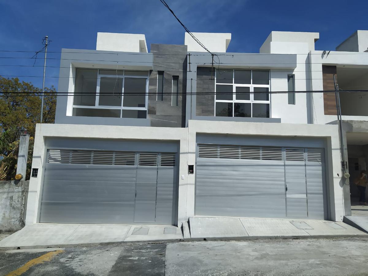 Foto Casa en Venta en  El Morro las Colonias,  Boca del Río  CASA EN VENTA COLONIA EL MORRO A 2 CUADRAS DEL MAR  BOCA DEL RÍO VERACRUZ