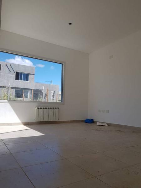 Foto Casa en Venta en  Pilar Del Este,  Countries/B.Cerrado (Pilar)  Casas del Este 1