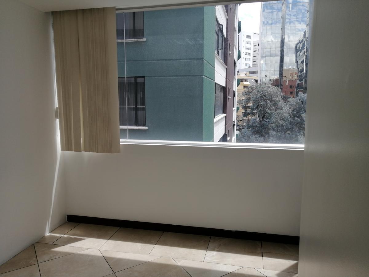 Foto Oficina en Alquiler en  La Carolina,  Quito  OfIcInA De ReNtA 72,5m2 / $750 - SeCtOr La CaRoLiNa
