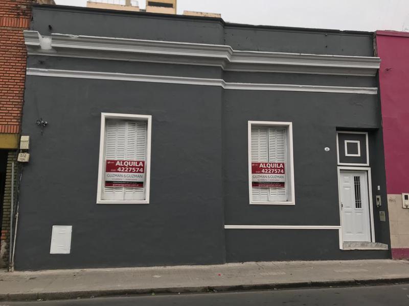 Foto Local en Alquiler en  Centro,  San Miguel De Tucumán  Monteagudo  1ra cuadra