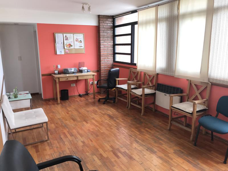Foto Oficina en Venta en  Lomas de Zamora Oeste,  Lomas De Zamora  HIPOLITO YRIGOYEN 8353 4ºB