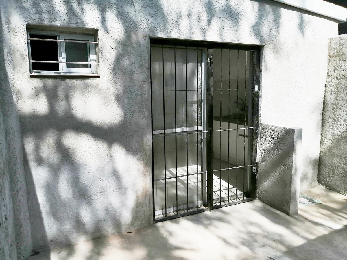Foto Apartamento en Alquiler en  Peñarol ,  Montevideo  Volta 4842/04