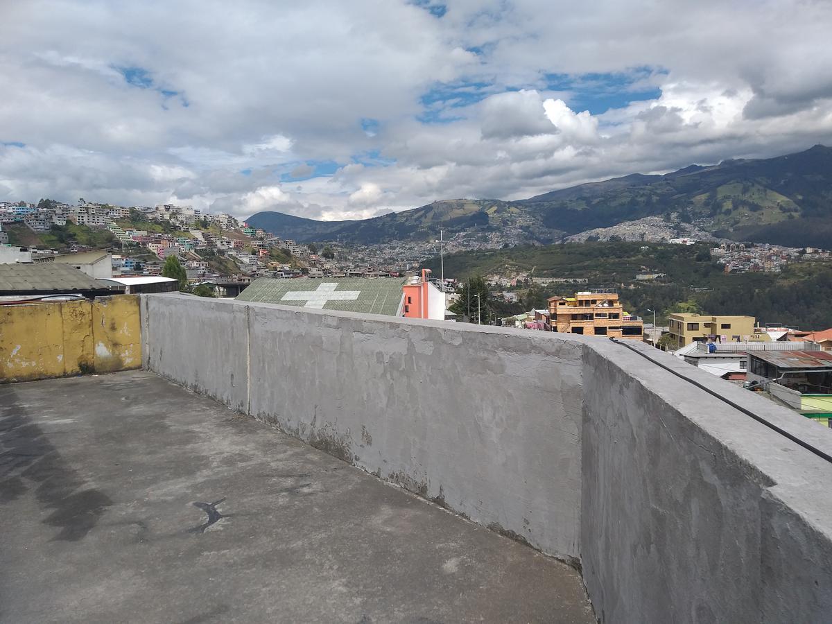 Foto Departamento en Venta en  Los Chillos,  Quito  Jardín del Valle - Monjas