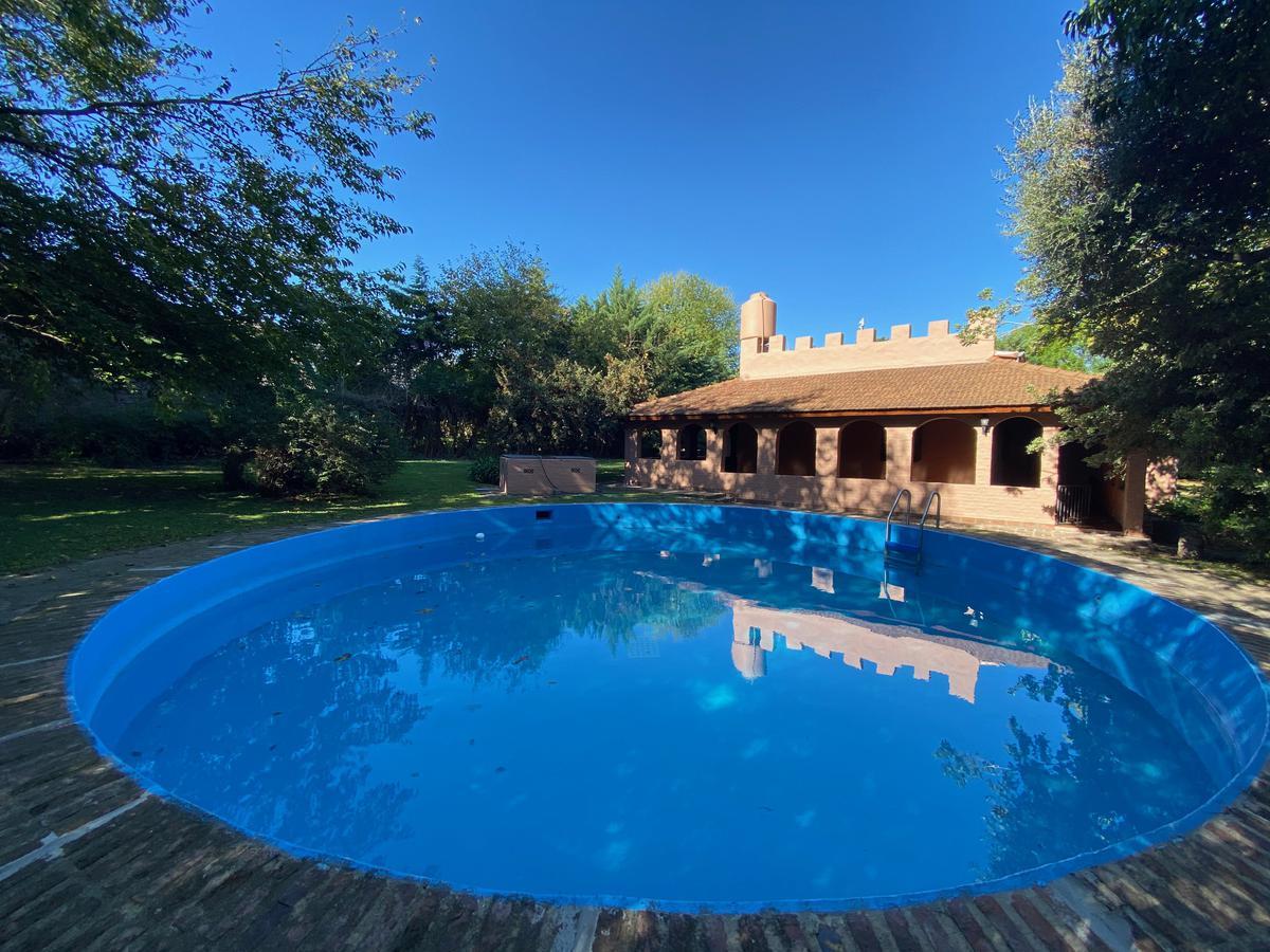 Foto Casa en Alquiler en  San Miguel ,  G.B.A. Zona Norte   Aristóbulo del Valle al 2600
