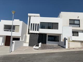 Foto Casa en Venta en  Punta Esmeralda,  Corregidora  CASA EN VENTA  CON ROOF GARDEN FRACC. PUNTA ESMERALDA ,QRO. MEX.