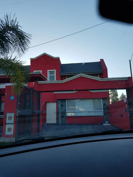 Foto Casa en Venta en  Centro Agricola El Pato,  Berazategui  540 1963